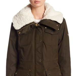 GUESS Faux Shearling Collar Parka Olive PM